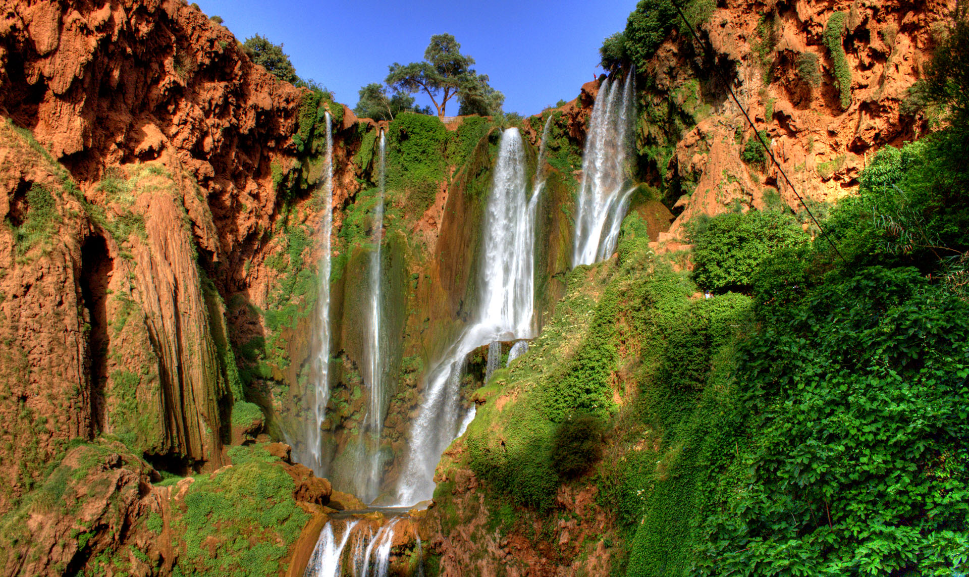 Morocco day trip from Marrakech to Ouzoud waterfalls to refresh in the cascades